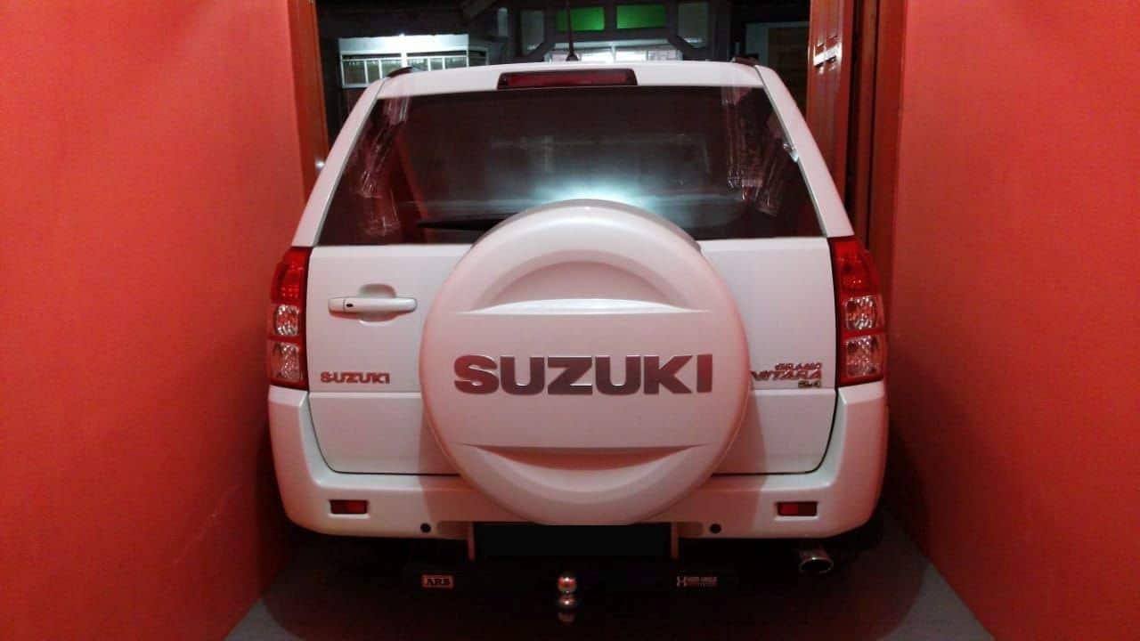 Kaca Mobil Suzuki Grand Vitara