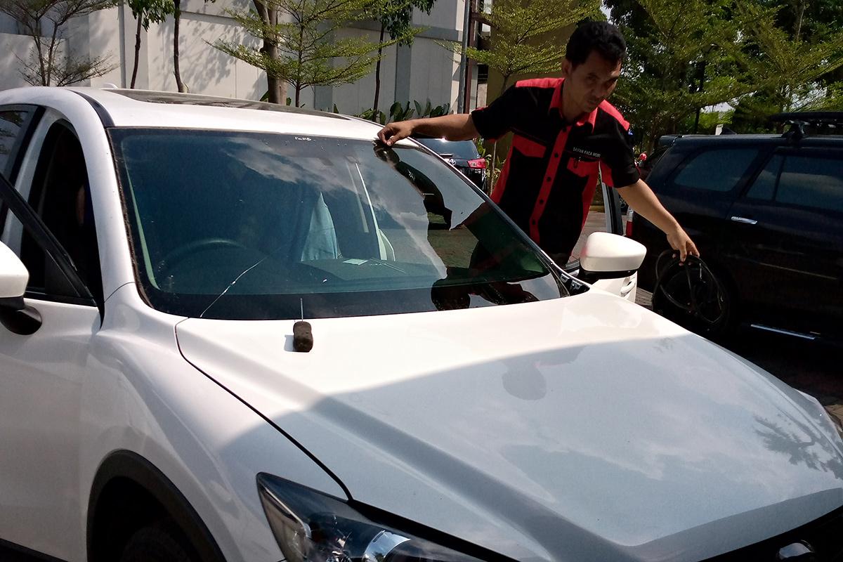 Kaca mobil Mazda CX-5